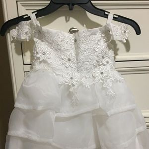 Dresses & Skirts - Ivory Flower Girl Dress